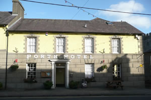 Front of the Porth hotel